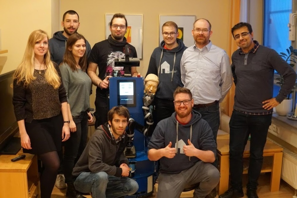 Our team from the ERL in Oldenburg together with a creepy dummy (next to Lisa), Dr. Max Pfingsthorn from OFFIS (second one on the right) and Dr. Meysam Basiri (ERL judge)(on the right)